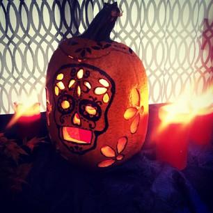 halloween_pumpkin_mexican_skull_carving3