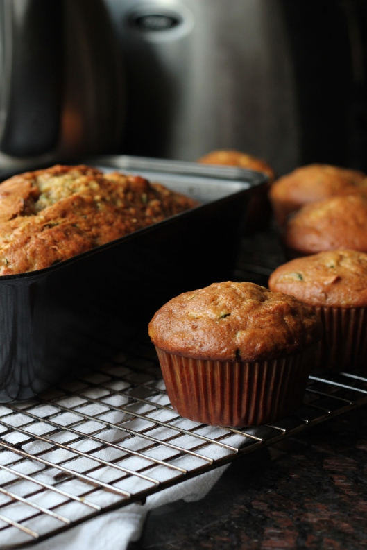 banana zucchini bread and muffins (4)